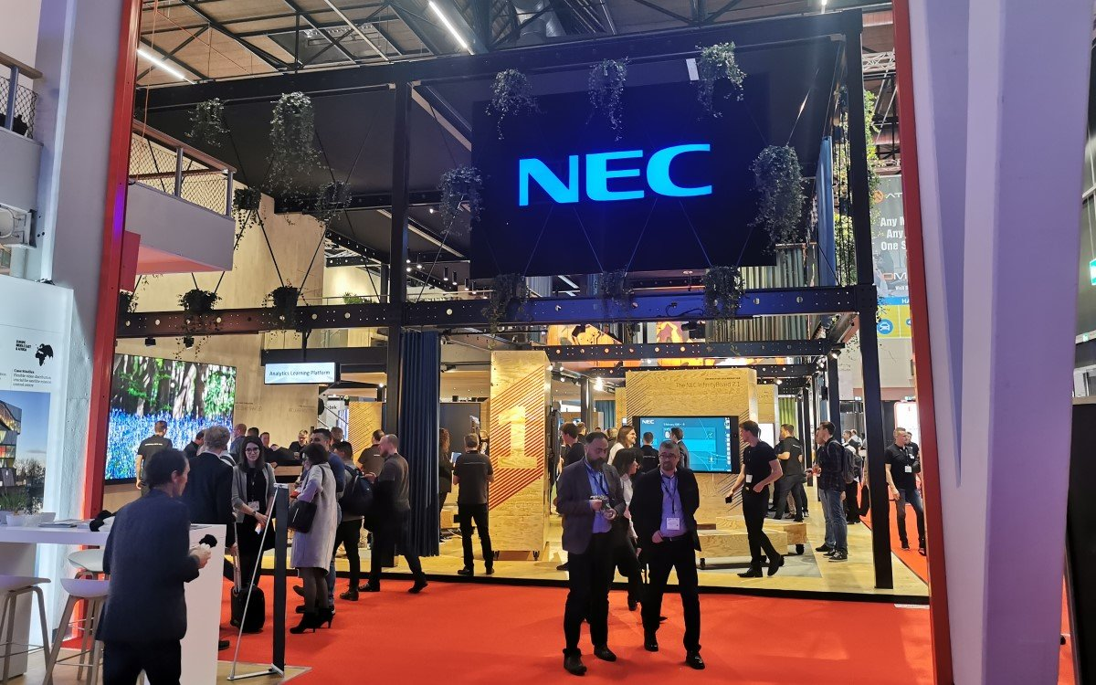 NEC Messestand ISE 2020
