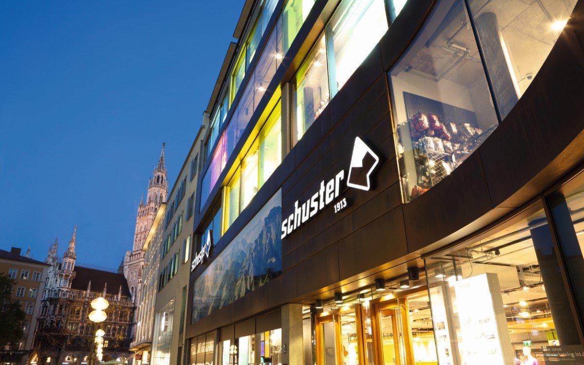 Das Münchner Sporthaus Schuster hat mit Partner S12 ein neues InStore Soundkonzept realisiert (Foto: S12)