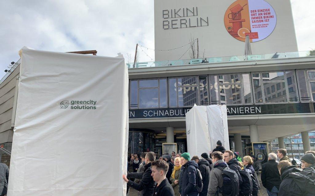 Green City Enthüllung vor der Bikini Mall in Berlin (Foto: invidis)