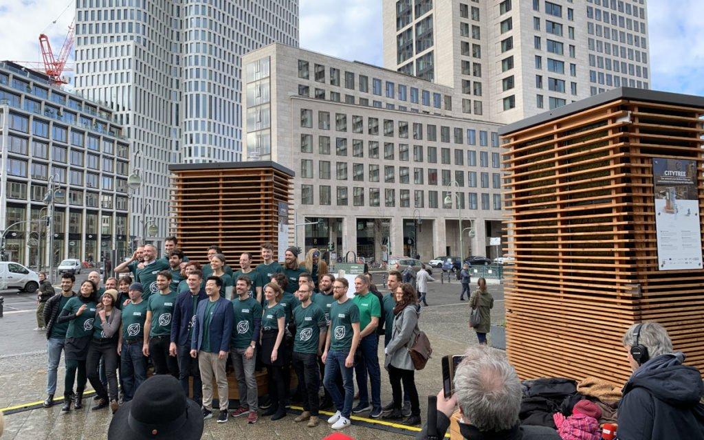 Green City Team bei der Premiere in Berlin (Foto: invidis)