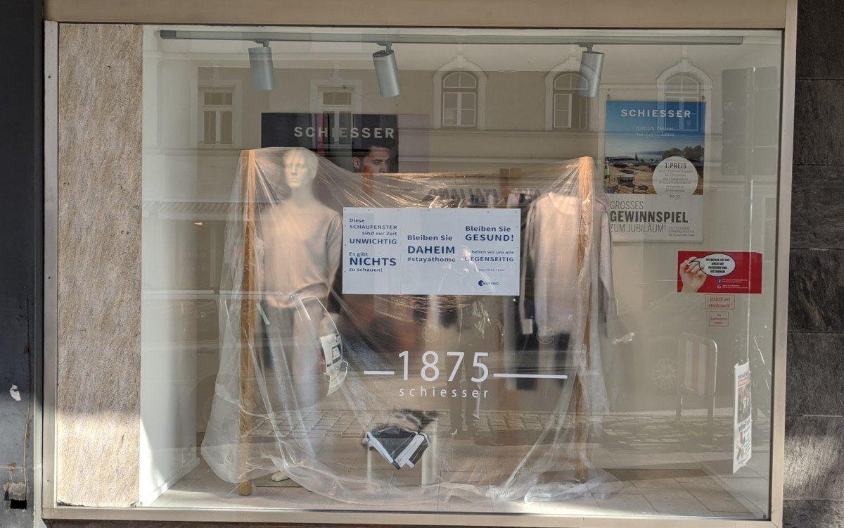 Schaufenster eines Münchner Kaufhauses (Foto: invidis)
