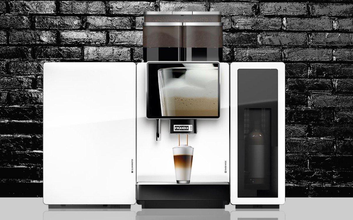Die Displays der Kaffeevollautomaten von Franke können auch Digital Signage (Foto: Franke Kaffeemaschinen AG)