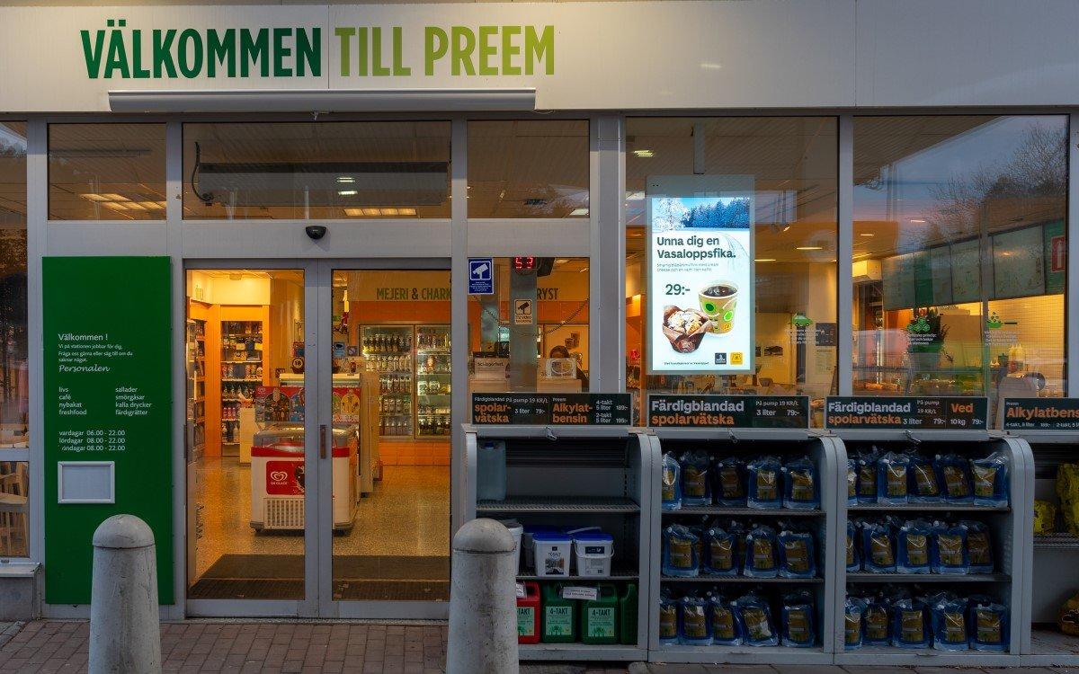 Die Schwedische Tankstellenkette Preem aktualisiert ihr Konzept mit Digital Signage-Experte Visual Art (Foto: Visual Art)