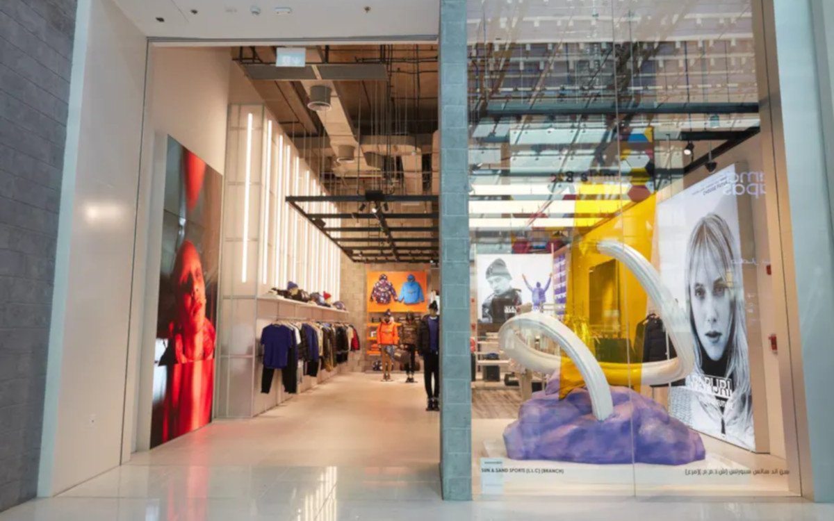 Napapijri Store in Dubai Mall (Foto: Dalziel & Pow)