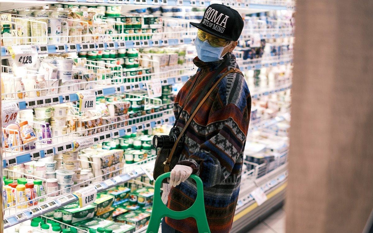 Supermarkteinkauf in Zeiten von Corona (Foto: Giuseppe Argenziano/Unsplash)