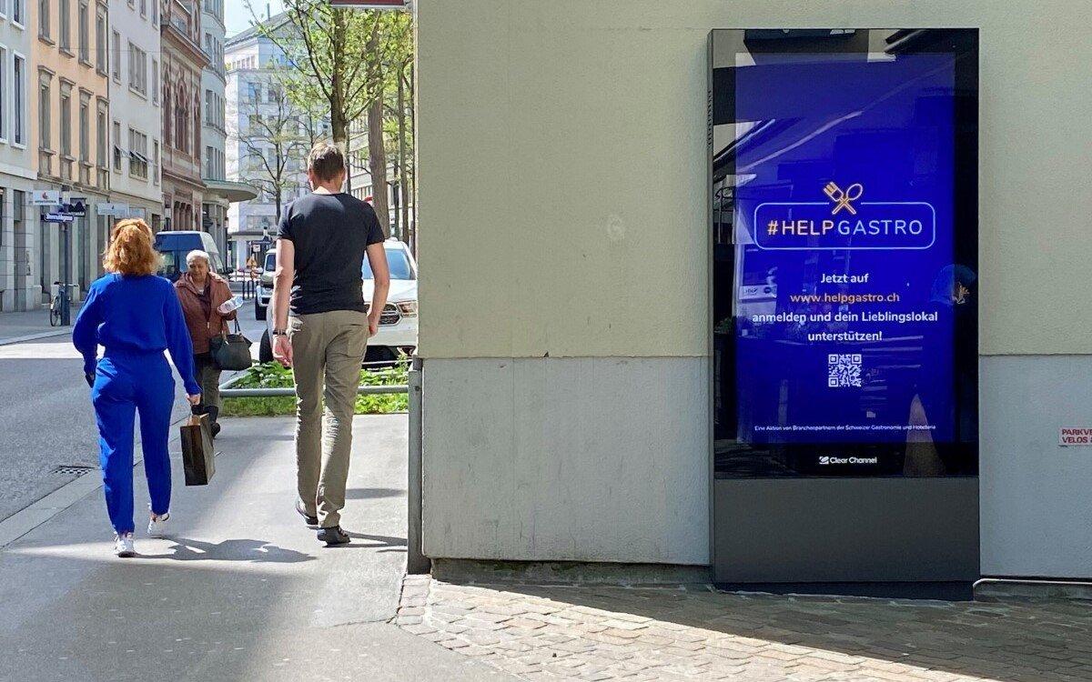 Außenwerber Clear-Channel Schweiz unterstützt die Initiative #HELPGASTRO mit Werbecontingent (Foto: Clear Channel)