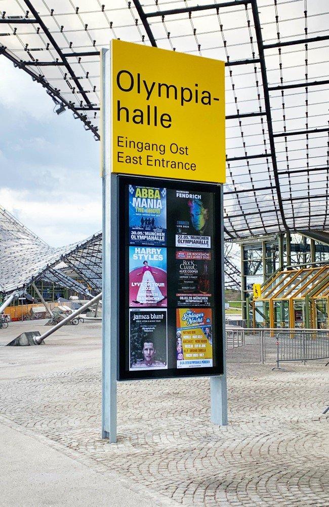 XXL Digital Signage-Stele von Vangenhassend für die Olympiahalle München (Foto: Vangenhassend)
