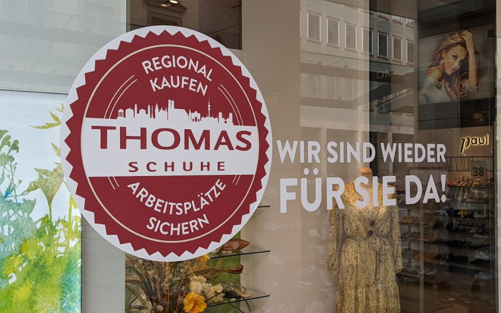 Buy Local - Saves Jobs bei Thomas Schuhe in München (Foto: invidis)