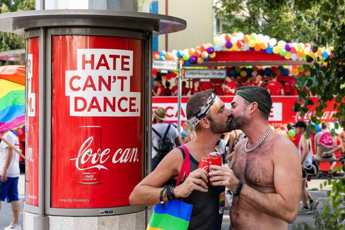 Plakadiva Bronze - Coca Cola Love Can (Foto: FAW)