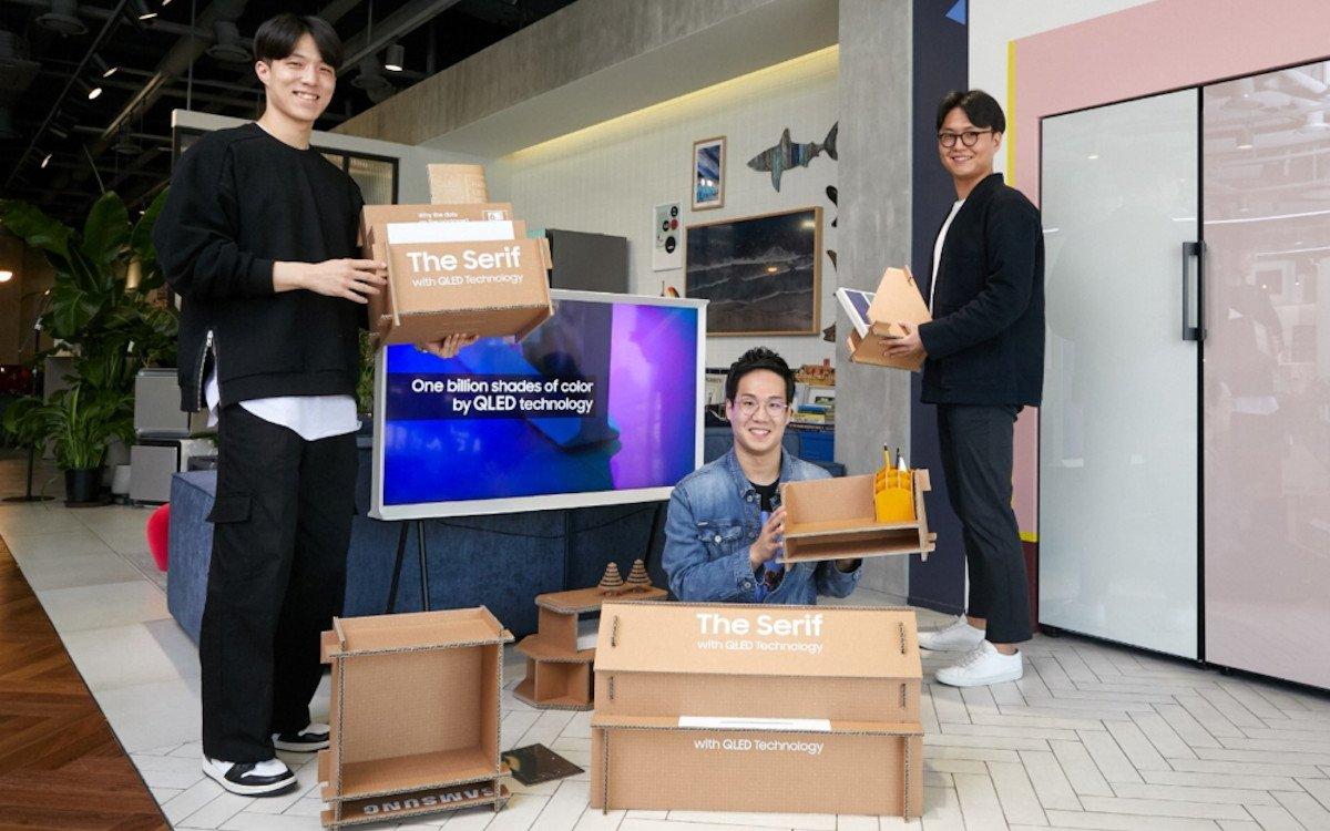 Samsung Designer entwickeln neue Nutzungskozepte für Displayverpackungen (Foto: Samsung)