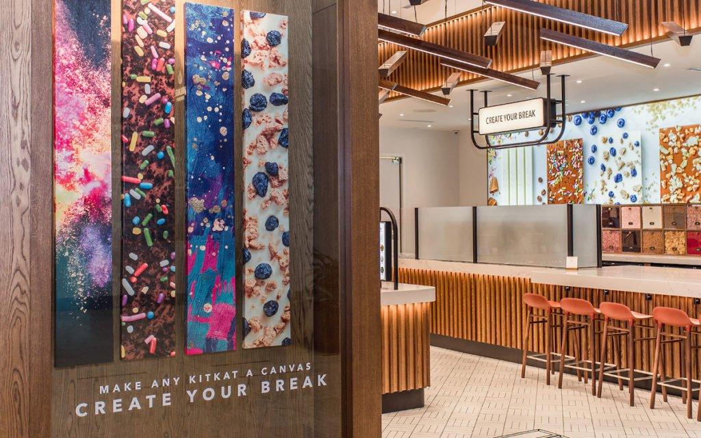 Markenerlebnis von der Fassade bis zum Produkt Kitkat Chocolatory Toronto (Foto: Michael Rogers/Dolce Media Group)