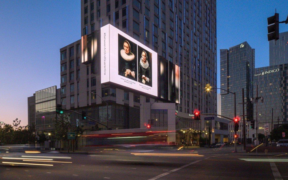 Das Original von Rembrandt als Rekreation von Maria Rosenblatt am Courtyard Marriott in Downtown LA (Foto: StandardVision)