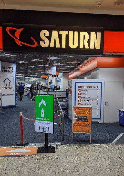 Digital Signage regelt den Zutritt bei Saturn (Foto: invidis)