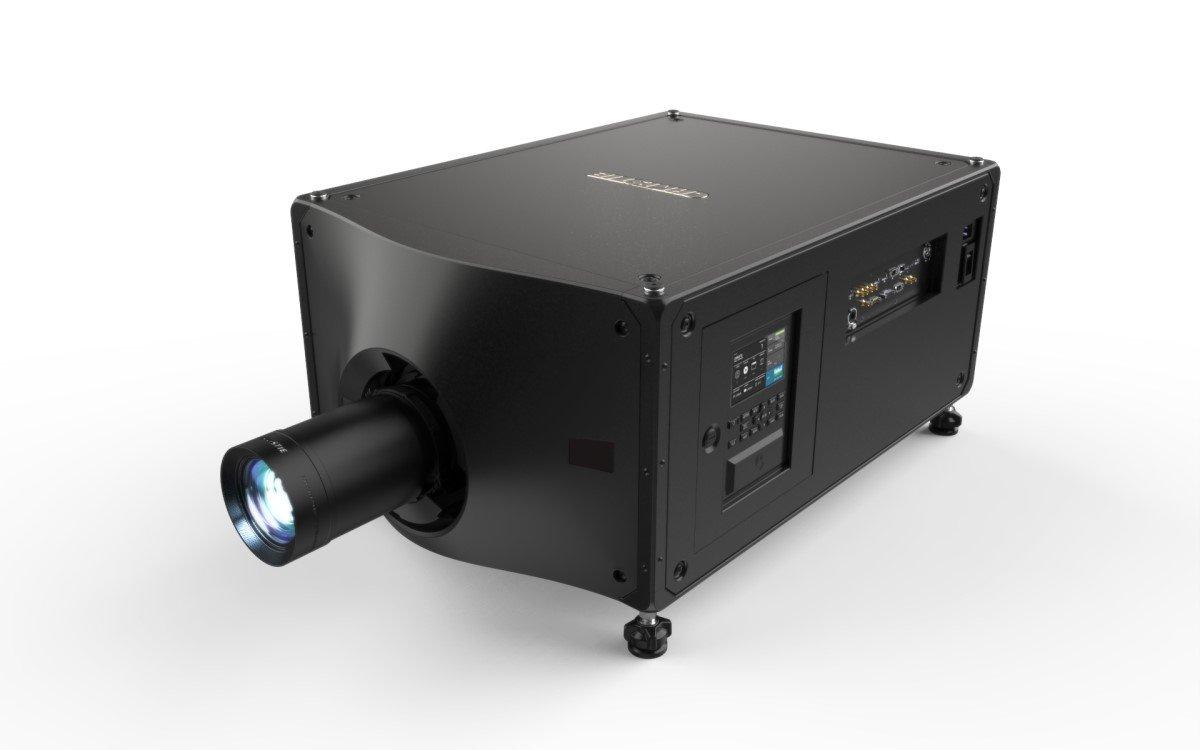Der neue Christie Griffyn 4K32-RGB soll bei einer Lichtleistung von 34.000 Lumen sowohl der leichteste als auch leiseste All-in-One RGB-Laserprojektor am Markt sein (Foto: Christie)
