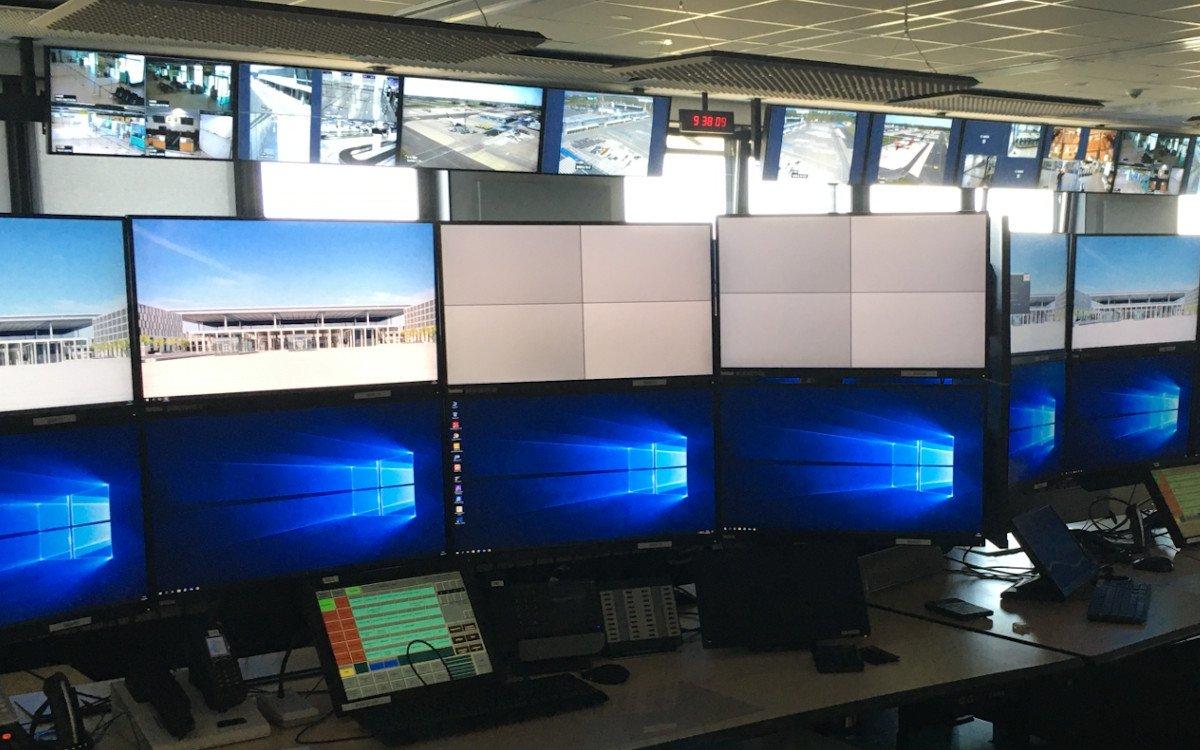 Kontrollleistelle am Flughafen BER (Foto: IHSE)