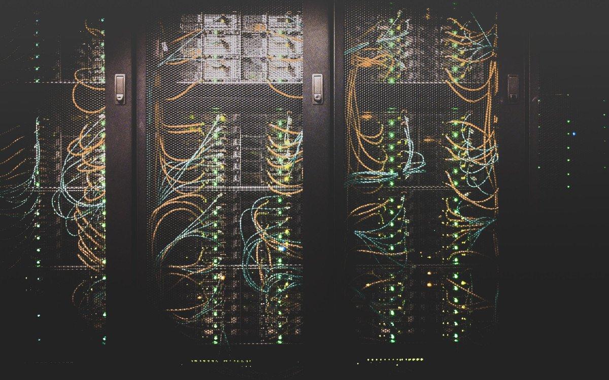 Auch für IT-Systemhäuser attraktiv - Digital Signage (Foto: Taylor Vick/ Unsplash)