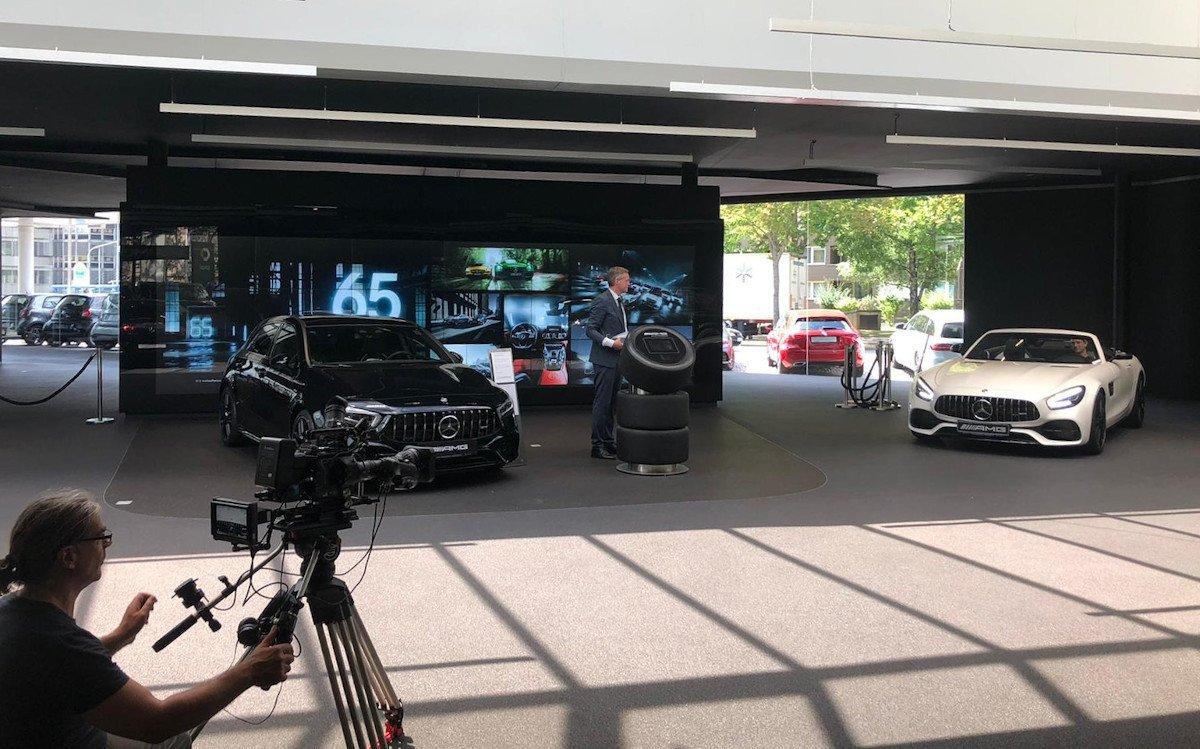 Große digitale Wände sind in Autohäuser Pflicht (Foto: invidis)