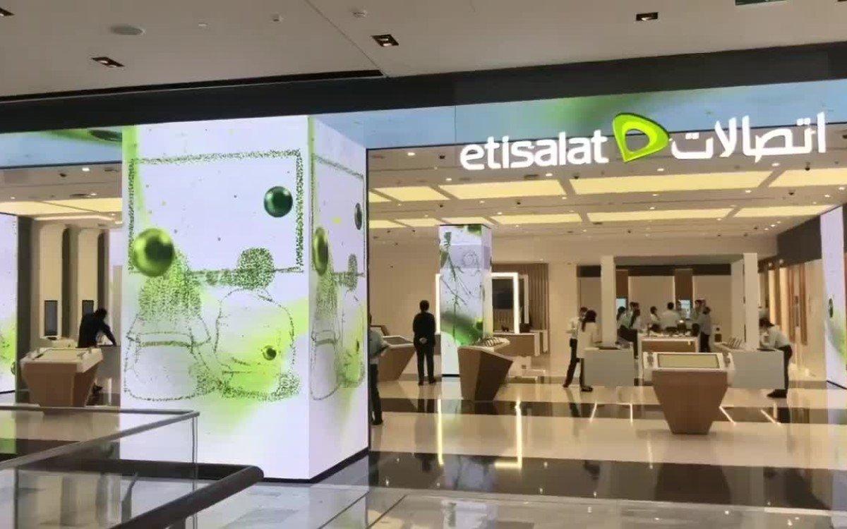 Das neue Etisalat Digital Center in Abu Dhabi, digitalisiert von Digital Signage Integrator Connectiv (Foto: Screenshot)