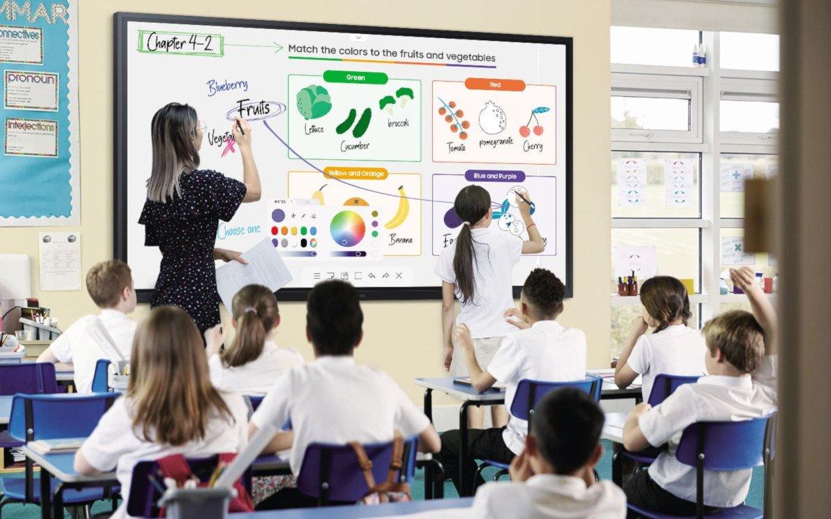 """Samsung Flip 2.0 in 85"""" für den Klassenraum (Foto: Samsung)"""