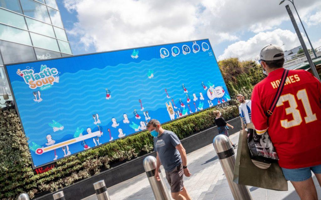 Gamification trifft DooH auf Oceans Screen im Westfield (Foto: Ocean Outdoor)
