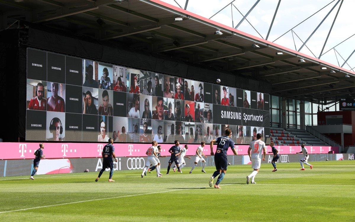 Samsungs brachte mit The Wall die Zuschauer digital ins Stadion zum Testspiel des FC Bayern (Foto: Samsung)