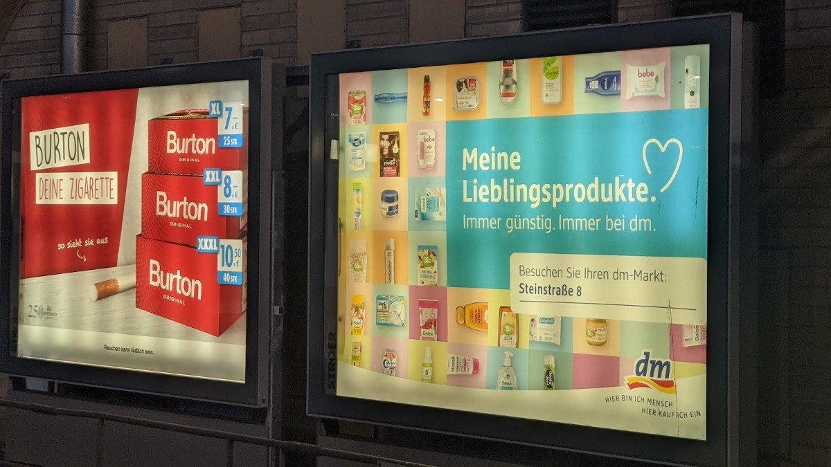 Auch klassische statische Plakate werden lokalisiert - Ströer Mega Light am Hamburger HBF (Foto: invidis)