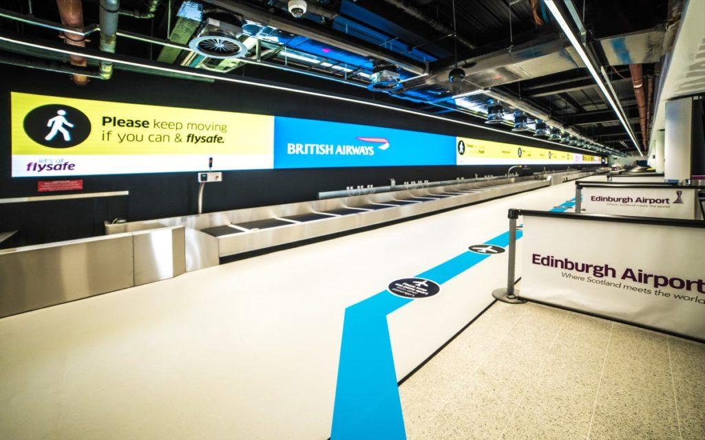 85 Meter lange Absen LED-Wall im Edinburgh Airport Schottland (Foto: Absen/Emma Gray Photography)