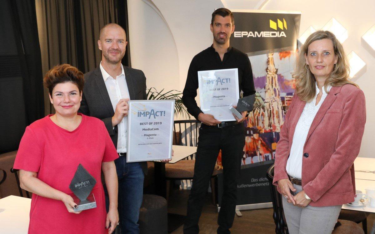 V.l.n.r.: Elisabeth Plattensteiner (COO Mediacom), Marcus Zinn (Sales Director EPAMEDIA), Thomas Mayer (Werbeleiter Magenta Telekom), Ines Herndl-Stallnig (Marketing Manager EPAMEDIA) (Foto: Epamedia)