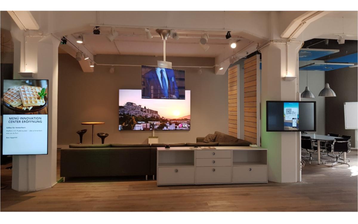 Die Digital Signage Dauerausstellung mitten in der Hamburger Speicherstadt: Das komma,tec Innovation Center (Foto: komma,tec redaction)
