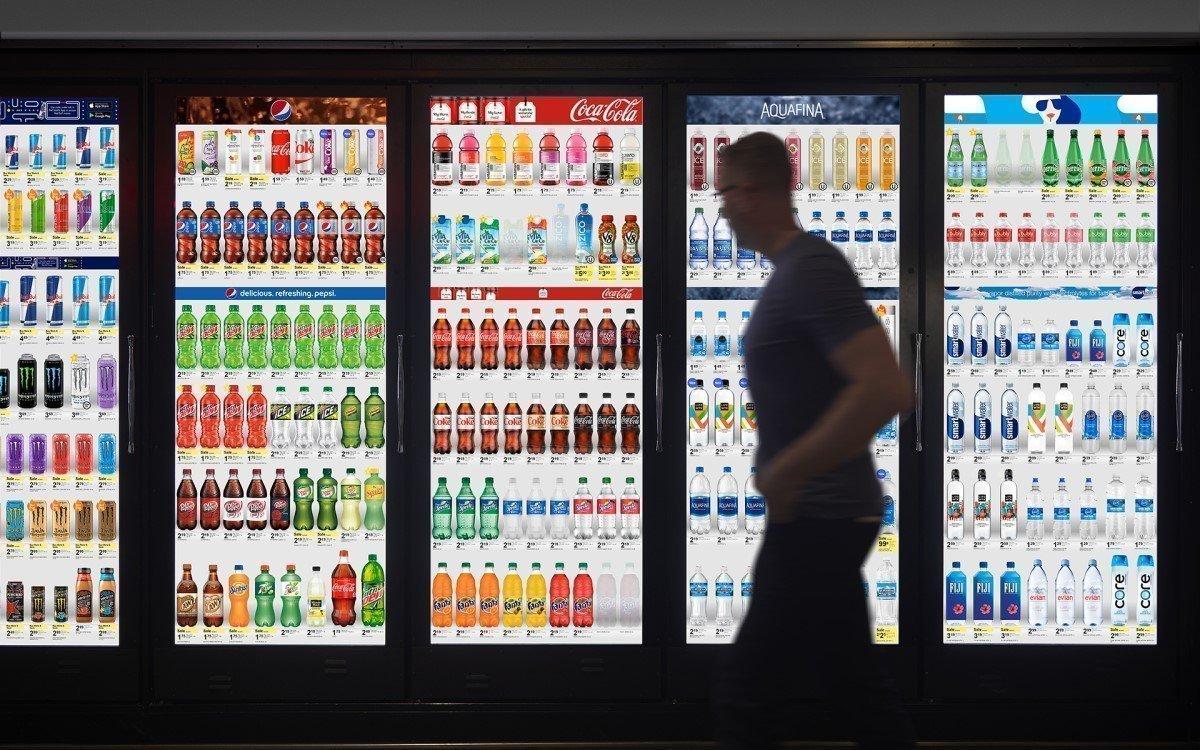 Start-up Cooler Screens verwandelt Kühlschranktüren in digitale Touchpoints (Foto: Cooler Screens)