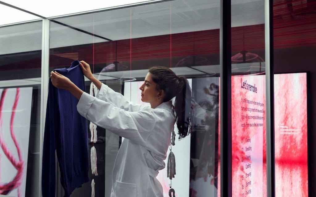 Looop-Textilrecycling bei H&M in Stockholm (Foto: Erik Lefvander/H&M)