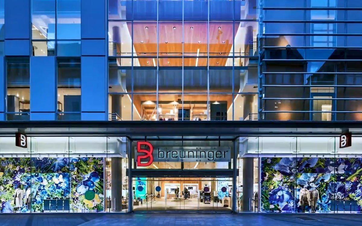 Der modernisierte Breuninger-Store in Nürnberg wartet mit viel Digital, integriert von MuSe Content, auf (Foto: Screenshot)