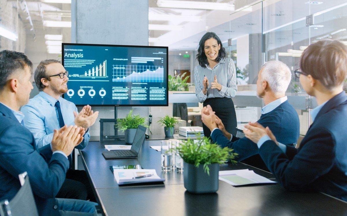 Philips C-Line kombiniert leistungsstarken PC und Whiteboard mit Touch (Foto: Philips PDS)