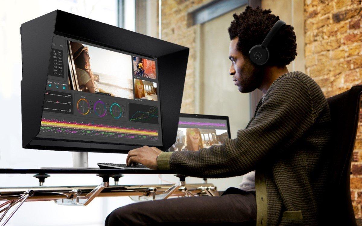 """Der Dell UltraSharp 32 HDR PremierColor ist der weltweit erste 32""""-Screen mit 2.000 Mini-LEDs für ein direktes Dimmen der Hintergrundbeleuchtung (Foto: Dell Technologies)"""