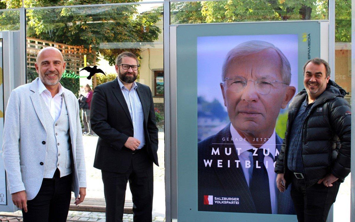 V.l.n.r.: Thomas Frauenschuh (Regionalleiter Salzburg Epamedia), Wolfgang Mayer (Landesgeschäftsführer Salzburger Volkspartei), Gerhard Oberholzner (Geschäftsführer Smart Alliance) (Foto: Epamedia)