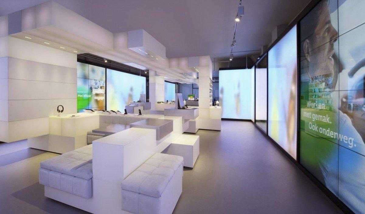 ZetaDisplay entwickelte für den niederländischen Teko-Anbieter KPN ein neues modernes Store-Konzept (Foto: ZetaDisplay)