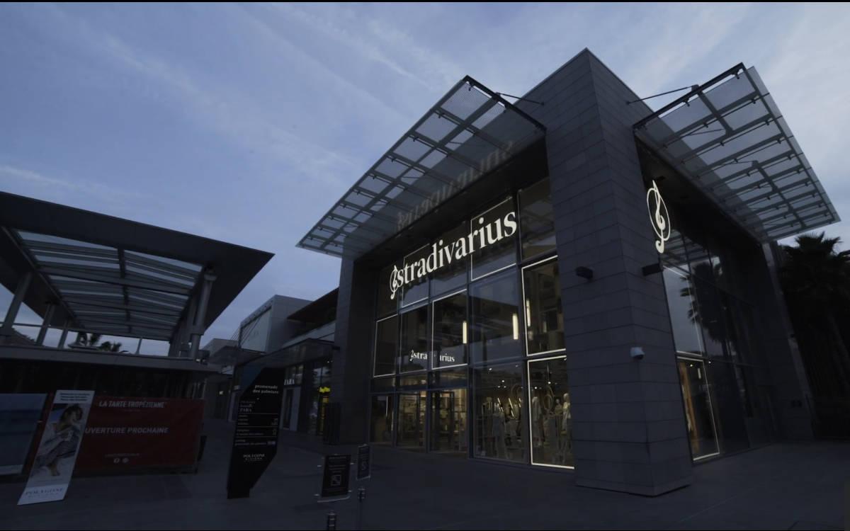 Der neue Stradivarius Store in Polygone Riviera Cagnes sur Mer in Frankreich mit LED-Fassade (Foto: Screenshot)