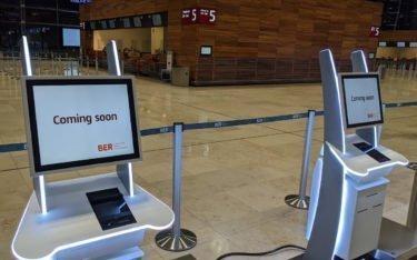 Neue Check-in Kiosk Terminals am BER (Foto: invidis)
