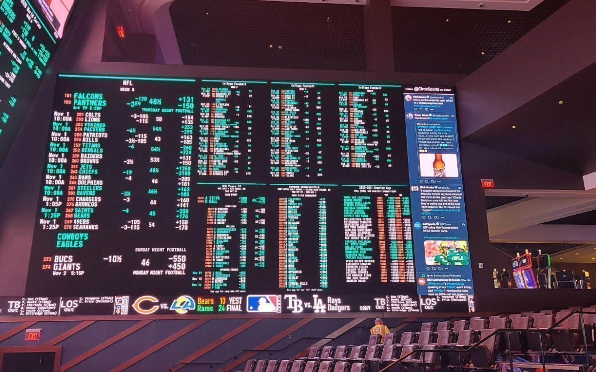 92qm Display für Wettquoten in der Sportsbook Experience im Circa Resort & Casino (Foto: Daktronics)