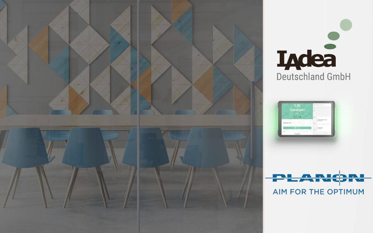 Die Meeting-Management-Lösung von Planon ist dank einer neuen Partnerschaft künftig auf IAdea Displays integriert (Foto: IAdea/Planon)