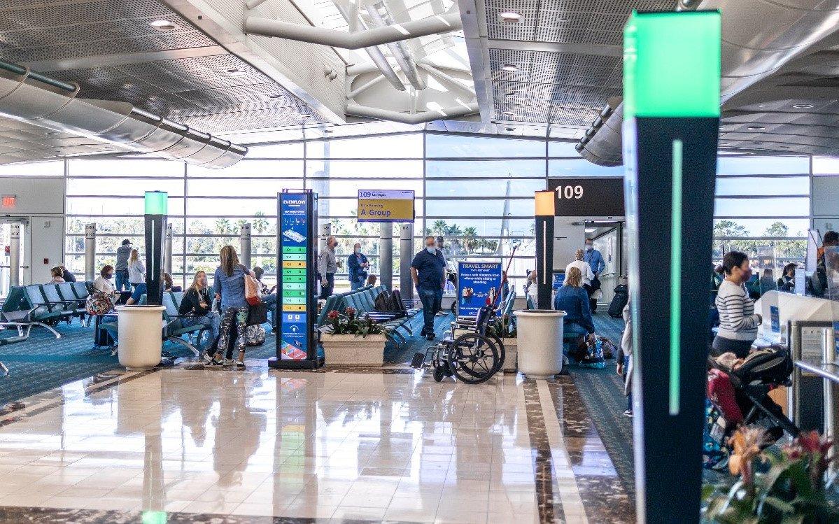 Radarüberwachung im Flughafen-Terminal (Foto: Flughafen Orlando)