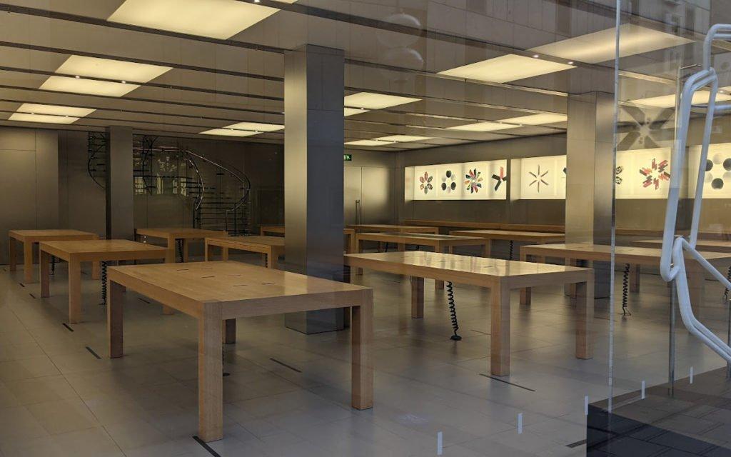 Apple Store München kurz vor Sylvester - nichts geht mehr (Foto: invidis)