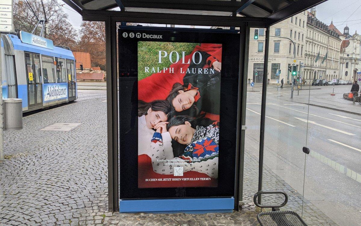 Polo Ralph Luaren bewirbt Live-Shopping Service in München (Foto: invidis)