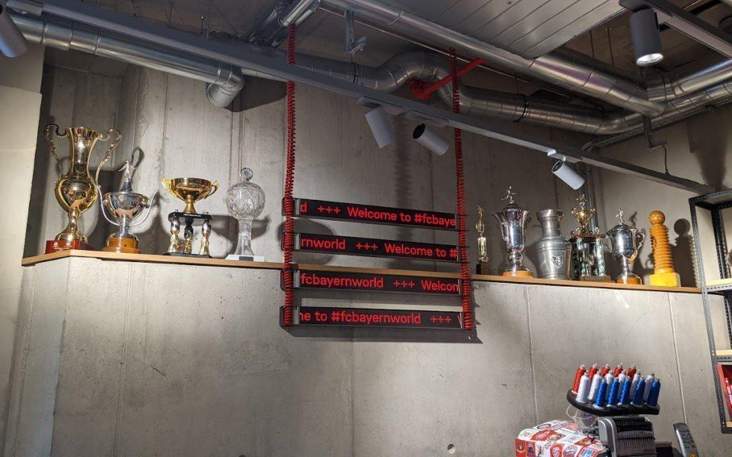 LED-Laufbänder mit Liebe zum Detail (Foto: invidis)