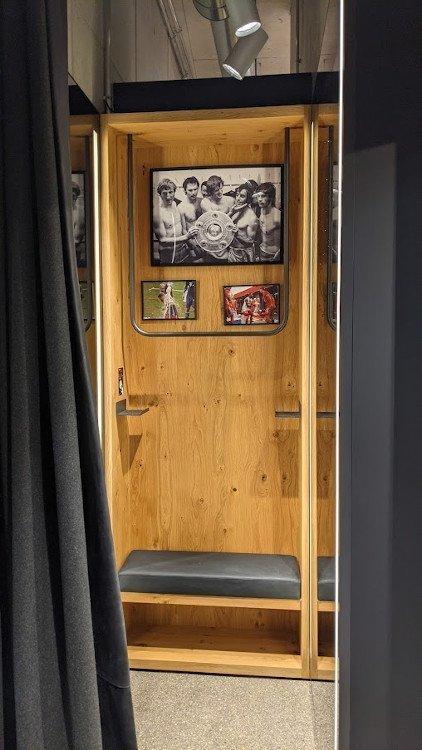 Jeder Fitting-Room erzählt eine FCB-Geschichte (Foto: invidis)