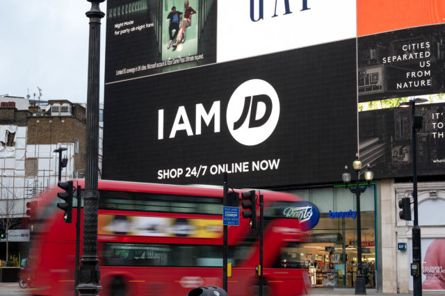 JDSports wirbt am Piccadilly Circus in London (Foto: Ocean)