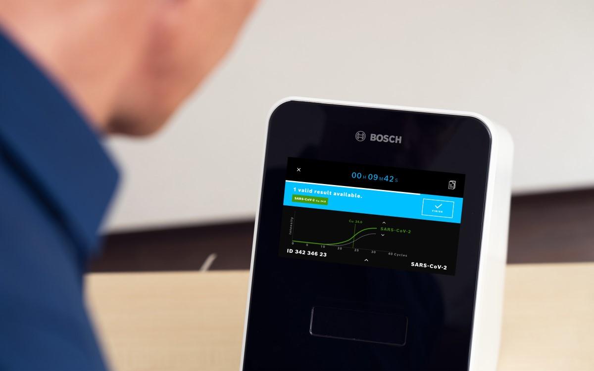Das Vivalytic-Testgerät zur Auswertung von Corona-PCR Tests ist einer von Boschs Ansätzen für eine gesündere Zukunft mit smarten Lösungen (Foto: Bosch)