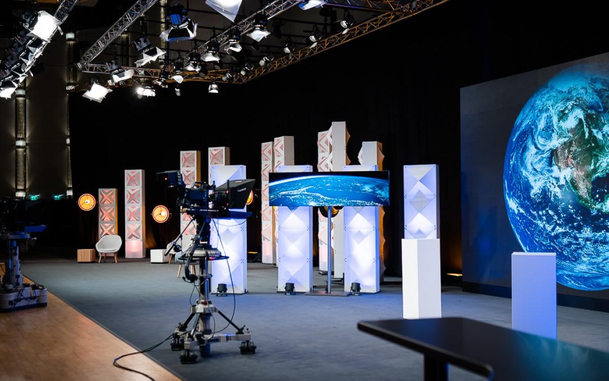 Das neue Streaming-Studio von satis&fy im Crowne Plaza Hotel in Düsseldorf (Foto: satis&fy)