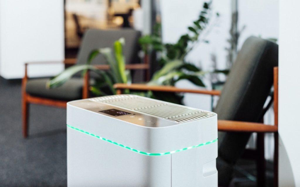 Der AiroDoctor von Screensource reinigt die Luft von Viren und Bakterien (Foto: Screensource)