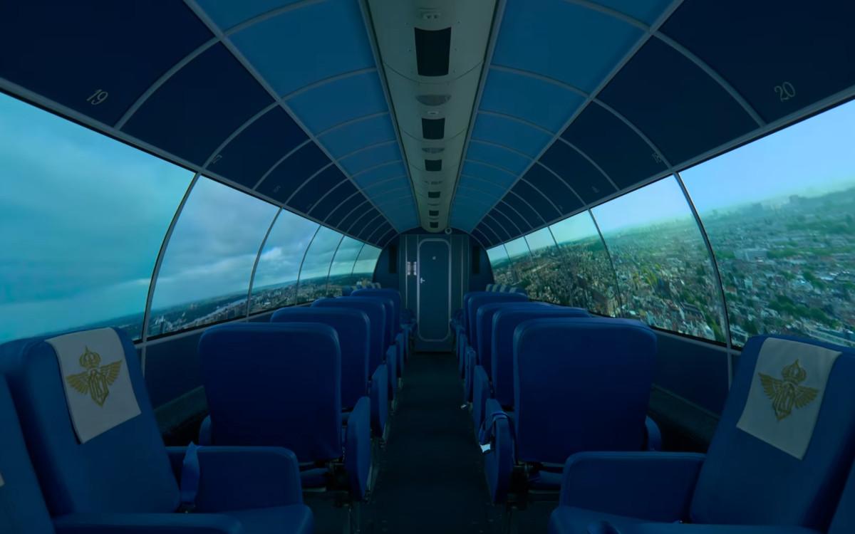 The Flying Dutchman ist ein OLED-Flugsimulator im inneren einer echten Douglas Dakota Maschiene (Foto: LG)